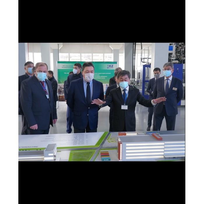Посещение Премьер-министром РК Аскаром Маминым химического завода в г.Степногорске